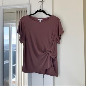Leith mauve top with twist accent